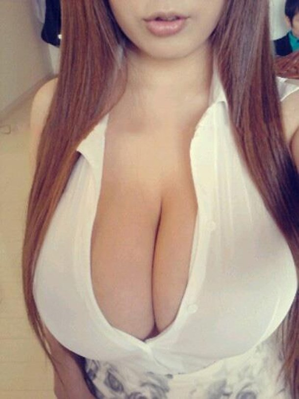 Hot Women with Big Boobs