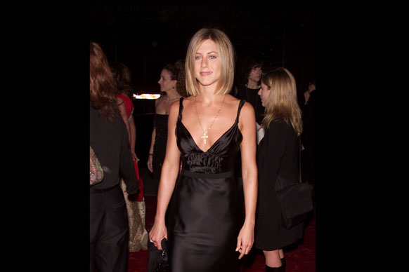 jennifer aniston new haircut,