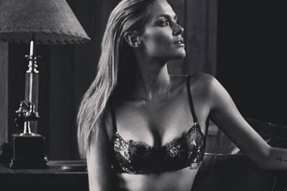 Raunchy! Slick Cheyenne Tozzi demands attention in racy lace.