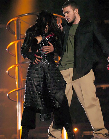 Was it staged? Probs. Did it get the world talking? Uh huh. We all remember Janet Jackson and Justin Timberlake's Super Bowl performance in 2004 where the modern day wardrobe malfunction was basically invented.