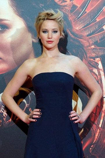 While promoting Hunger Games: Catching Fire in Mardrid J-Law channelled Cameron Diaz in There's Something About Mary (you know the scene) with a cool flicked up fringe. She also matched her eye makeup and mani to her outfit, which doesn't always work, but this time so does.