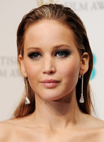 Slicked back hair can be a tricky beauty trend to pull off, but obviously J-Law nailed it.