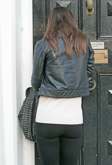 At the risk of sounding like total perves, we reckon this pic of Pippa arriving to work in London in 2011 proves that she's got a naturally pert bum. C'mon, how could she fit padded undies under those tight jeans?!